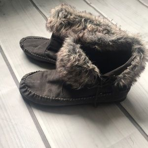 Madden girl fur ankle booties size 8.5